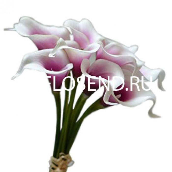 Букет из 9 розовых калл