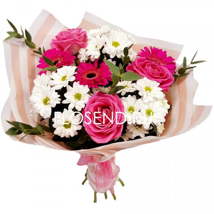Букет из роз и гербер и хризантем